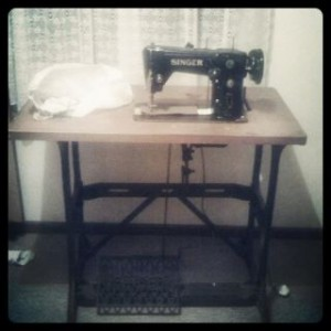 Singer sewing machine 309 M