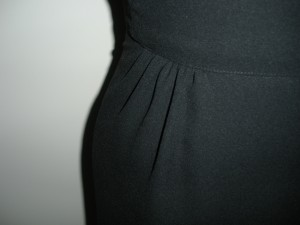 Close up of waist gathers.