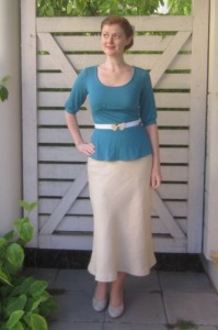 30s style linen skirt and jersey top