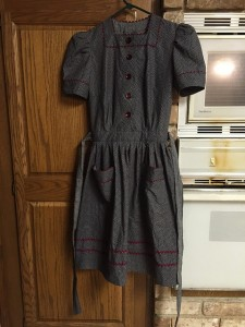 Simplicity 1942 4102 finished