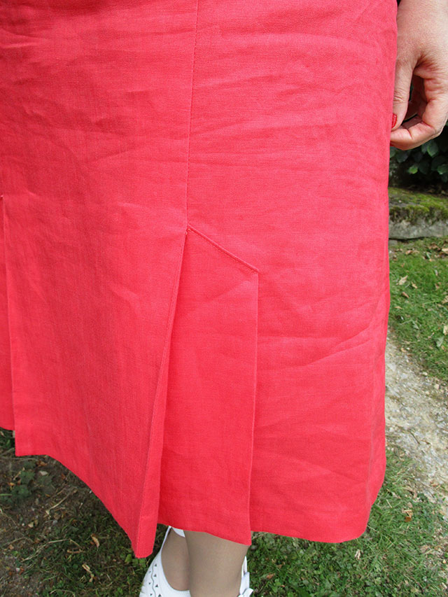 Mrs Depew 1930s skirt pleat